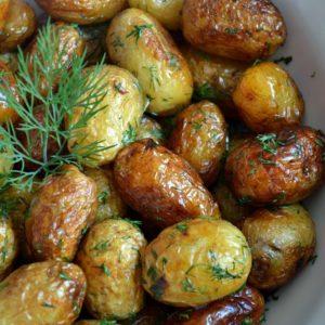 cartofi-noi-cu-marar-si-usturoi